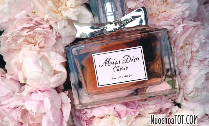Nuoc-hoa-nu-Miss-Dior-Cherie-EDP
